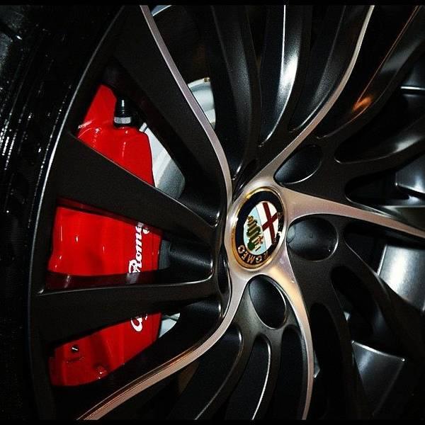 Alfa Romeo Photograph - Giulietta Qv by Hugo Voerman