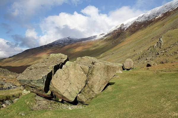 Glacial Erratic Photograph - Glacial Erratic by Sinclair Stammers/science Photo Library