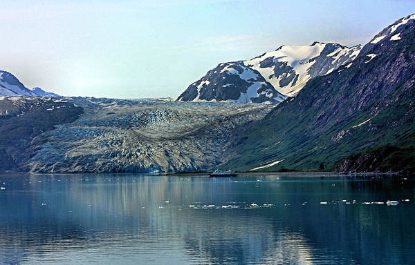 Photograph - Glacier Bay Touring by Kristin Elmquist