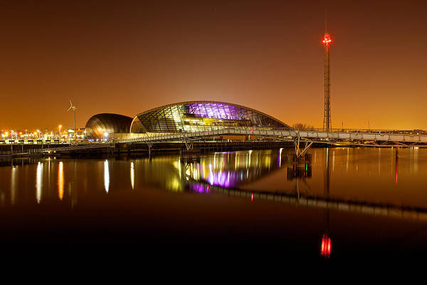 Glasgow Science Centre On A Tofee Coloured Sky Art Print