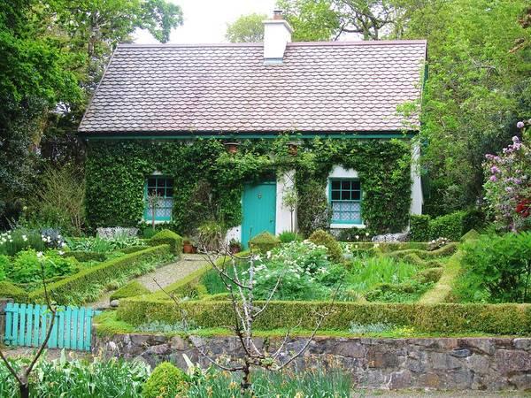 Allerton Garden Photograph - Glenveagh Castle Garden Cottage by Jeannie Allerton