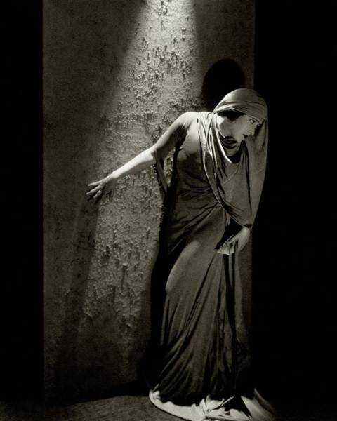 Gloria Photograph - Gloria Swanson In Character by Edward Steichen