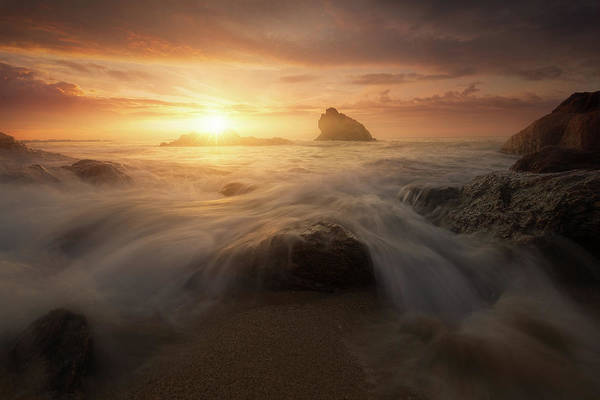 Soft Water Photograph - Glory Sun by Jean-joaquim Crassous