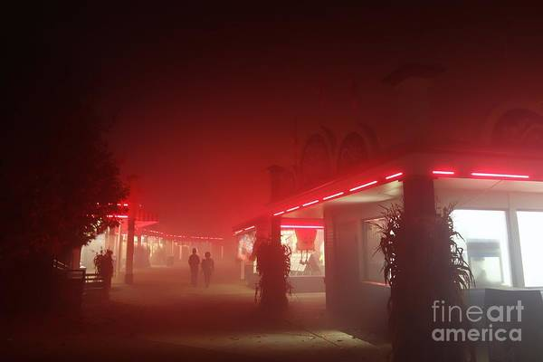 Photograph - Glowing Red by Jacqueline Athmann