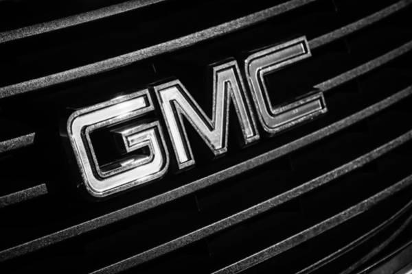 Photograph - Gmc Emblem - 1634bw by Jill Reger