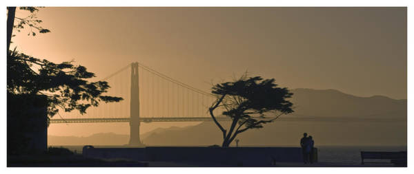 Golden Gate Lovers Art Print