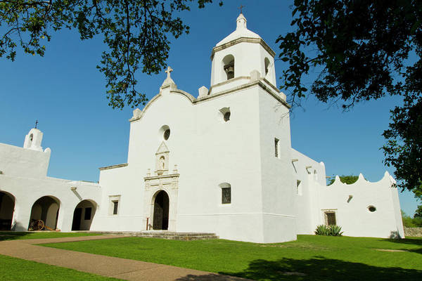 Colonization Wall Art - Photograph - Goliad, Texas, Usa, Mission Nuestra by Larry Ditto