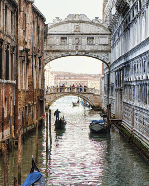 Gondolas Under Bridge Of Sighs Art Print