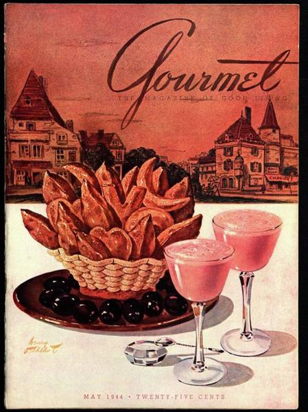 Plate Photograph - Gourmet Cover Featuring A Basket Of Potato Curls by Henry Stahlhut