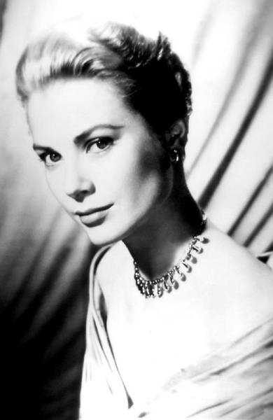 Leading Actress Wall Art - Photograph - Grace Kelly by Daniel Hagerman