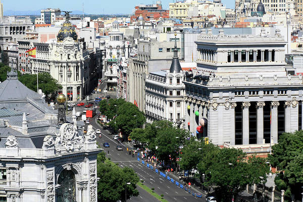 Calle Wall Art - Photograph - Gran Via, Metropolis Building, Madrid by Hisham Ibrahim