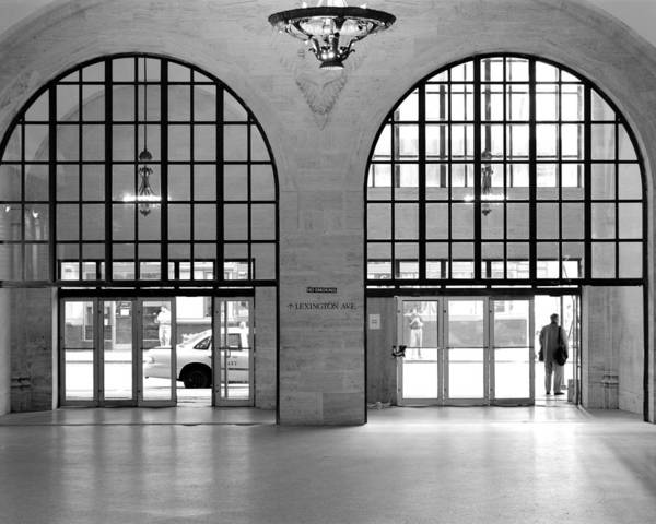 Photograph - Grand Central Arches Entrance by Dave Beckerman