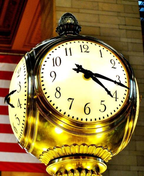 Wall Art - Photograph - Grand Central Clock Nyc by Ron Bartels