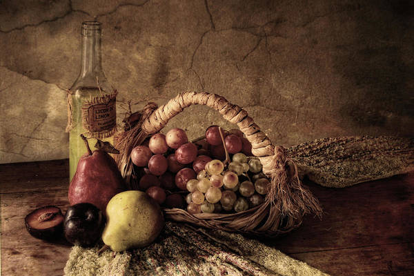 Table Photograph - Grapes by Silvia Simonato