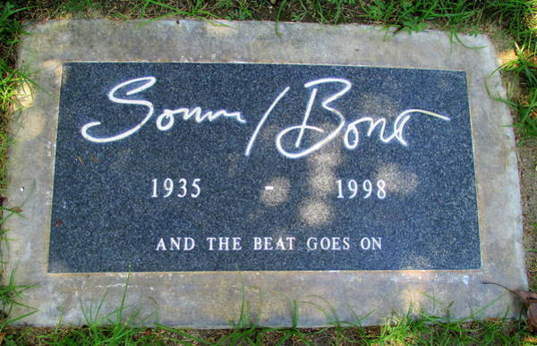 Sonny Bono Wall Art - Photograph - Grave Of Sonny Bono by Randall Weidner