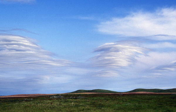 Cloud Type Wall Art - Photograph - Gravity Wave Clouds by Jim Reed/science Photo Library