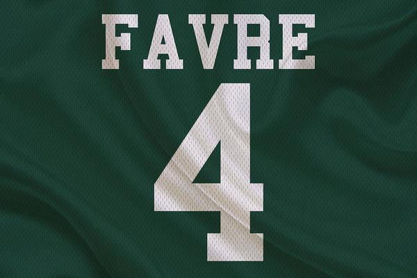 Brett Wall Art - Photograph - Green Bay Packers Brett Favre by Joe Hamilton