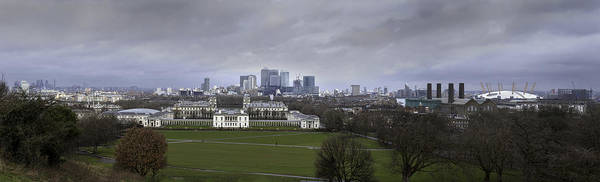 Canary Photograph - Greenwich And The City by Nigel Jones