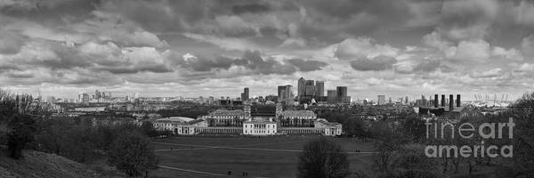 River Thames Photograph - Greenwich Canary Wharf And The City by Nigel Jones