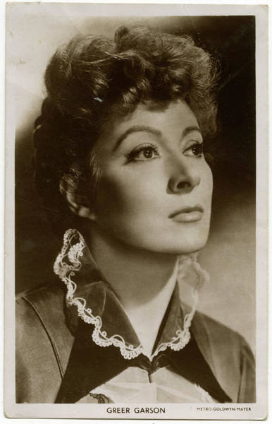 Wall Art - Photograph - Greer Garson (1904 - 1996) Anglo-irish by Mary Evans Picture Library