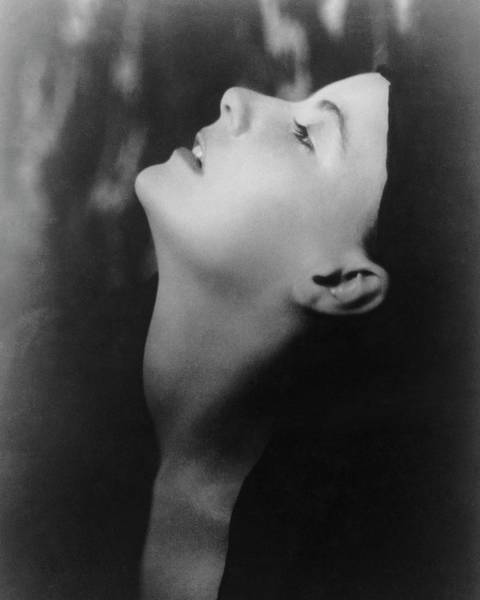 Side View Photograph - Greta Garbo Looking Up by Arnold Genthe