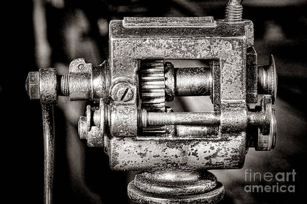 Wall Art - Photograph - Grunge Machine by Olivier Le Queinec
