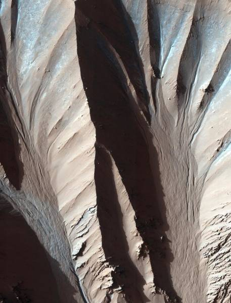 Gully Photograph - Gully Formations On Mars by Nasa/jpl/university Of Arizona