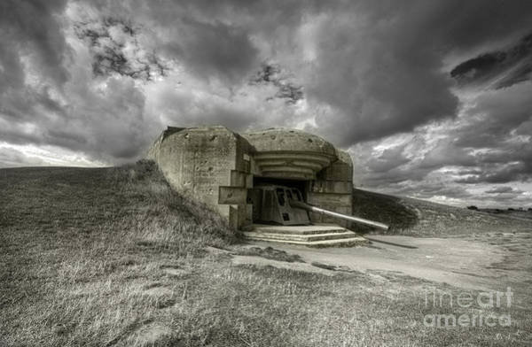 Battery D Photograph - Gun At Longues-sur-mer  by Rob Hawkins