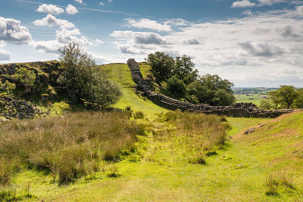 Greenhead Photograph - Hadrians Wall In A Valley by David Head