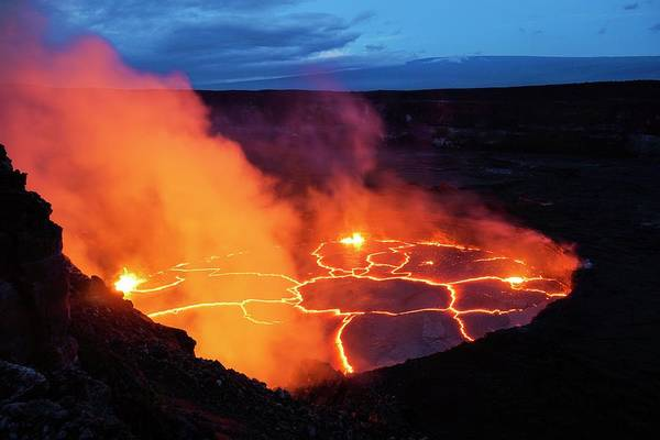 Volcanic Craters Photograph - Halemaumau Lava Lake by Martin Rietze/science Photo Library
