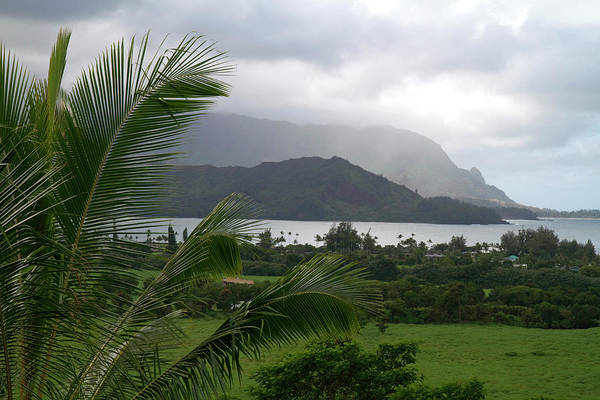 R Photograph - Hanalei Bay On The North Shore Of Kauai by David R. Frazier