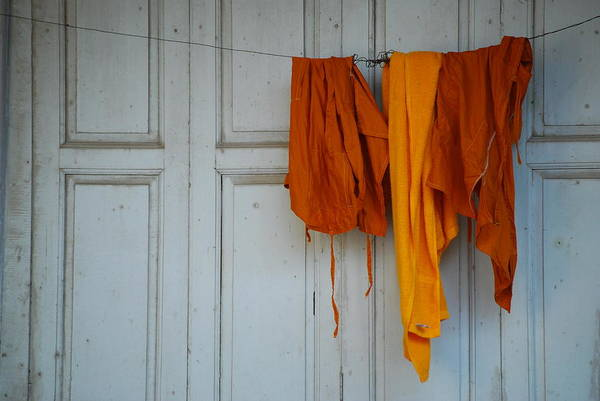 Chang Mai Wall Art - Photograph - Hanging The Laundry by Vince McCall