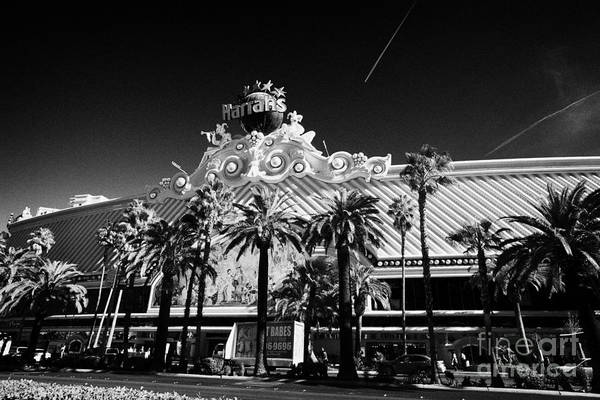 Harrahs Photograph - Harrahs Resort And Casino Las Vegas Nevada Usa by Joe Fox