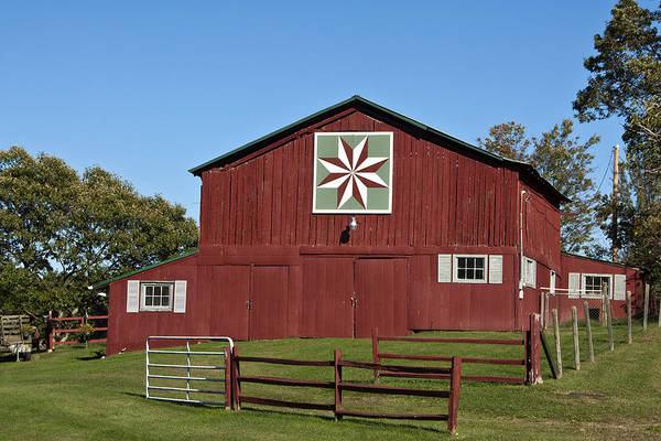 Photograph - Harvest Barn by Carol Erikson
