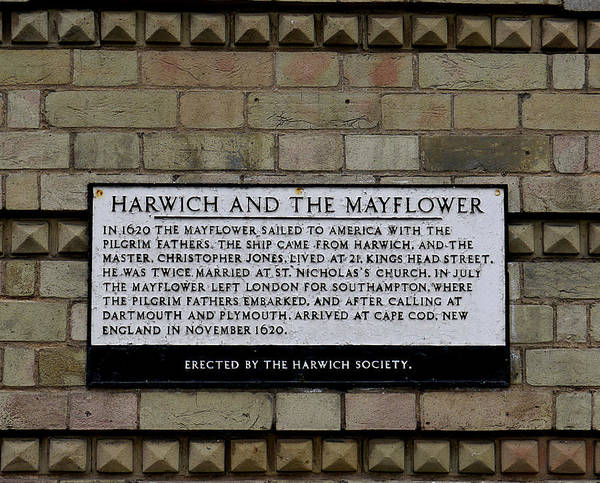 Photograph - Harwich And The Mayflower by Richard Reeve