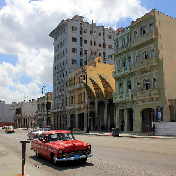 Photograph - Havana 14 by Andrew Fare