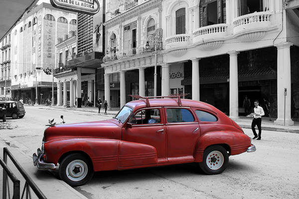 Photograph - Havana 32b by Andrew Fare