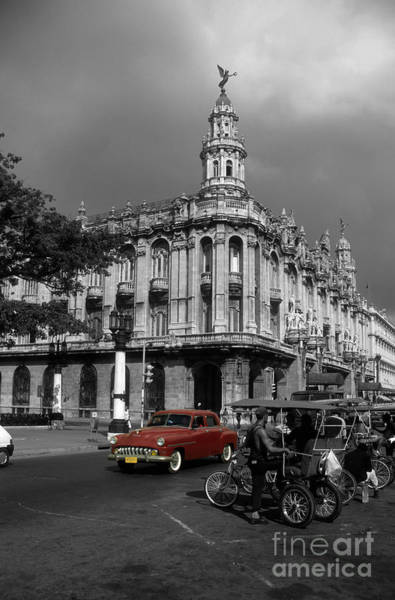 Prado Photograph - Havana Red by James Brunker