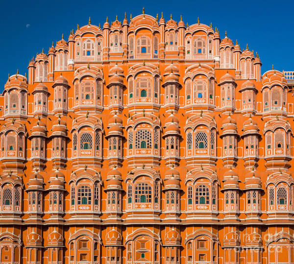 Hindu Photograph - Hawa Mahal Moon by Inge Johnsson