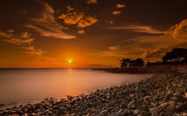 Wall Art - Photograph - Hawaii Sunset by Tin Lung Chao