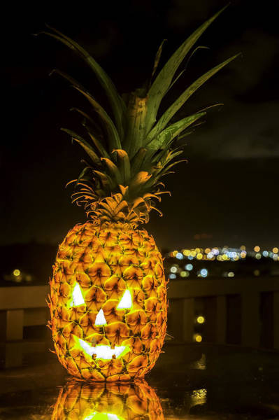 Photograph - Hawaiian Jack O'lantern by Dan McManus