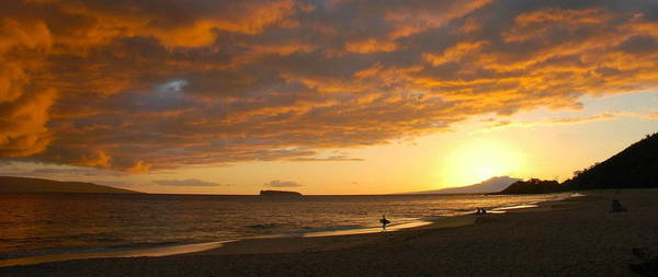 Wall Art - Photograph - Hawaiian Sunset  by Stephen  Vecchiotti