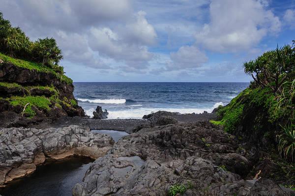 Photograph - Hawaiian Surf by John Johnson