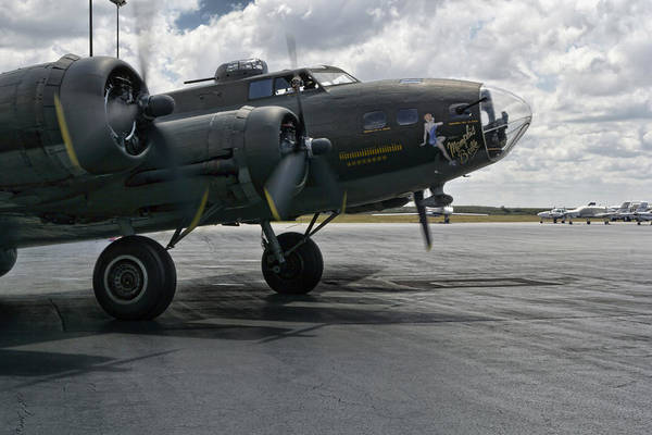B-17 Bomber Photograph - Hear Me Roar by Peter Chilelli