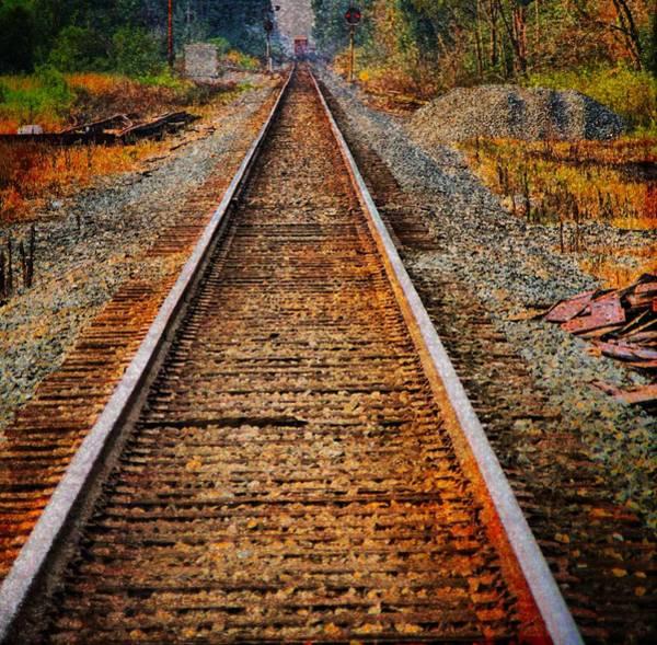 Photograph - Hear My Train Comin by Dan Sproul