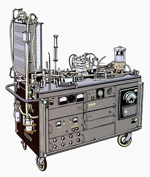 Lung Photograph - Heart-lung Machine by Science Photo Library