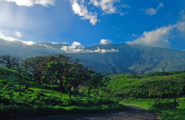 Haleakala Crater Photograph - Heavenly Haleakala by Kathy Yates