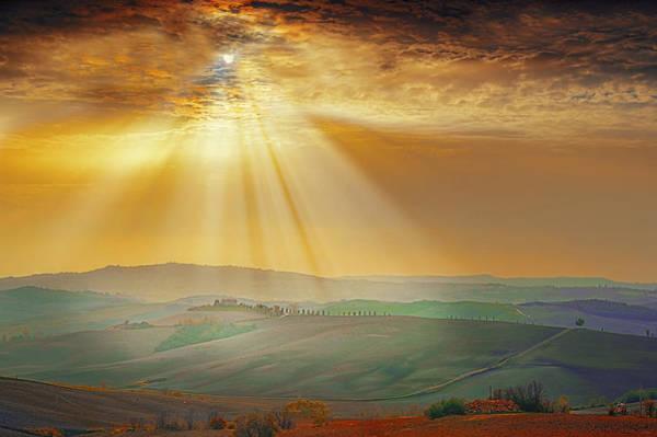 Wall Art - Photograph - Heavenly Rays by Midori Chan