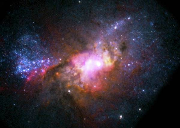 Wall Art - Photograph - Henize 2-10 Starburst Galaxy by Nasa/cxc/stsci/nsf/nrao/science Photo Library