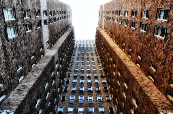 Rittenhouse Square Wall Art - Photograph - Highrise At Rittenhouse Square by Bill Cannon
